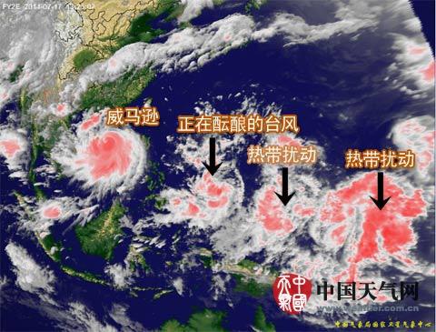 """7日13时左右卫星云图,图中""""正在酝酿的台风""""现已成为今年第10图片"""