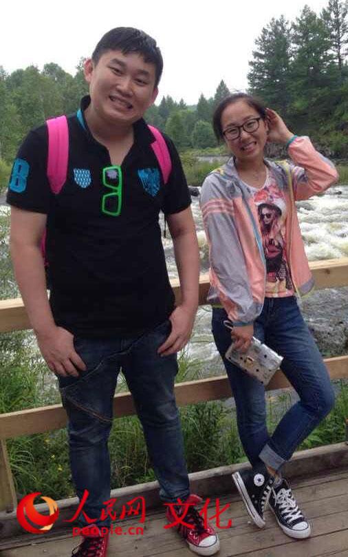 诗作朗读者:网友张毅男(左)和网友吕彦军(右)
