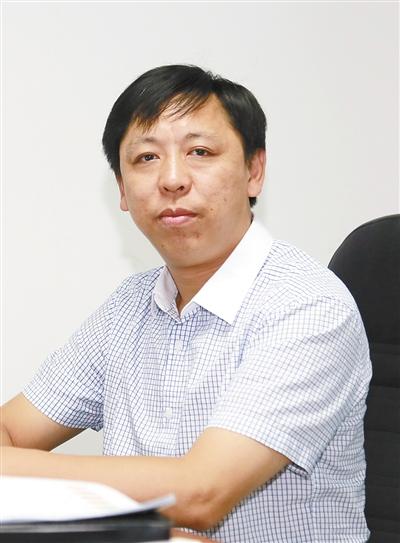 福田汽车集团副总裁,欧辉客车事业部党委,总经理 范现军讲话