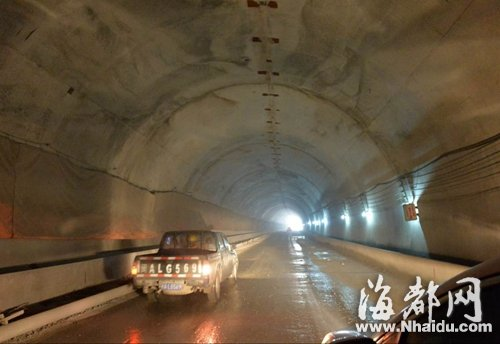 在建京台高速福州段 天龙山隧道左洞贯通