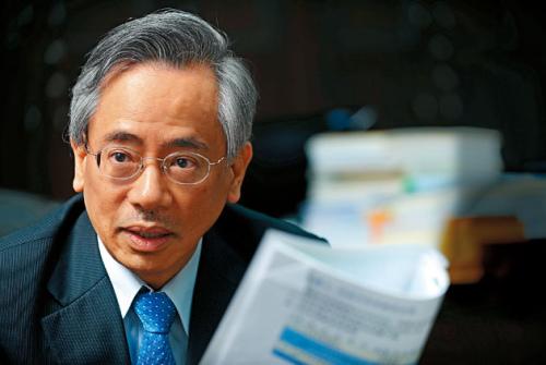 台湾网友点名官员地沟油浇头遭拒|台湾|邱文
