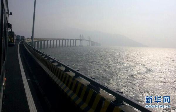 广东省最长跨海大桥南澳大桥建成通车