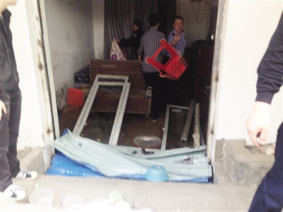 3家涉黄美容院被捣毁屋内属于大量情趣内衣(按摩椅情趣查出图片
