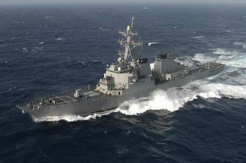 美国海军阿利-伯克级导弹驱逐舰巴里号