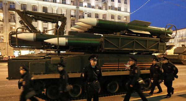 资料图:俄罗斯武器装备参加阅兵彩排