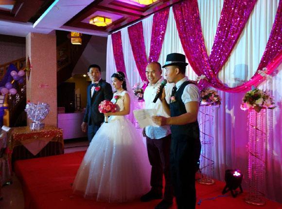 UFC名将李景亮大婚 打造中国战斗力最强婚