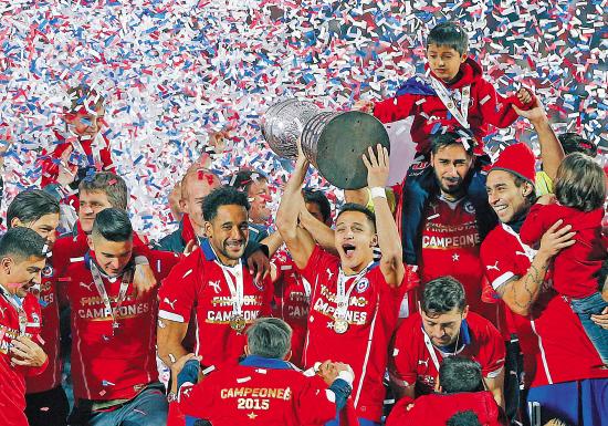 智利首夺美洲杯