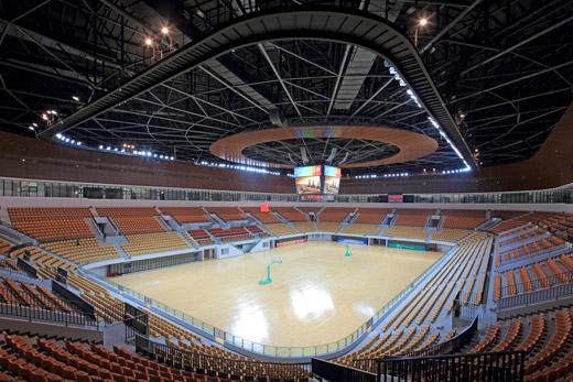 而体育馆是体育中心下级单位.两者是隶属关系.