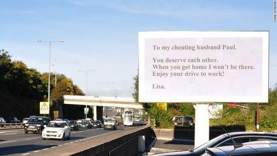 女子买下高速广告位 打广告斥责丈夫出轨 - 深海情深 -