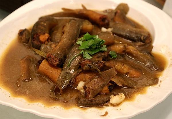 微山湖炖鱼的做法_西餐罐焖做法,味道奇香,肉质软烂.   鳅鳅秋意浓——微山湖泥鳅.