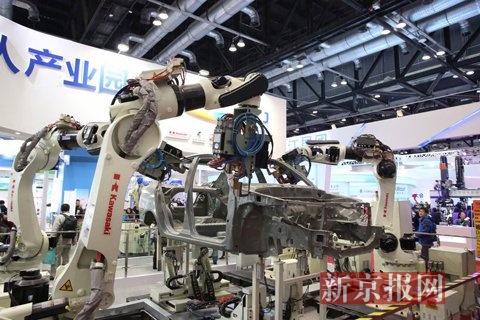 汽车制造机器人.
