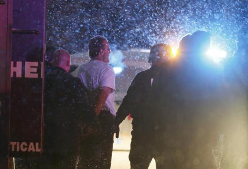 美国马萨诸塞州一酒店发生枪击案 警方搜捕枪