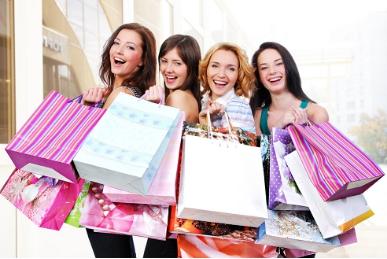 图:女性购物欲望强烈,社交需要支出更多金钱