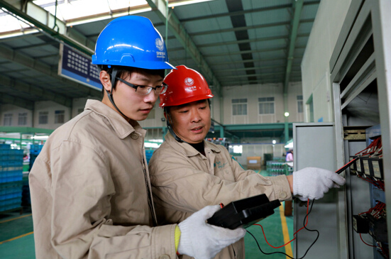 江苏靖江走访电力大客户为用电设备把脉问诊