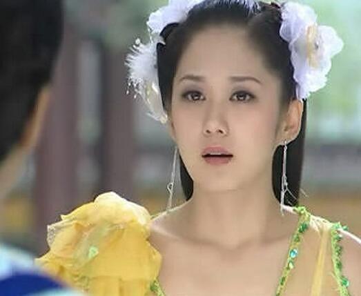 林允儿朴信惠,韩国女神穿中国古装谁最美?(组图)图片