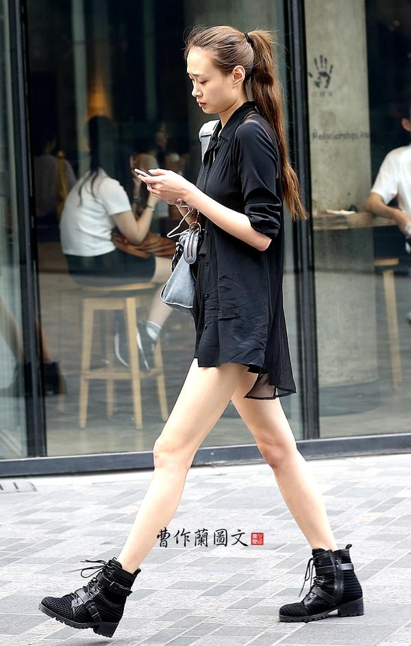 街拍:美腿太长太长太长需要说三遍的靓女 - 大好河山 - nimiuroac