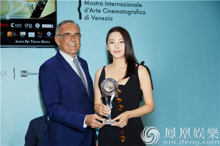 张雨绮威尼斯获电影节主席亲自颁奖 大胆预测金狮影片