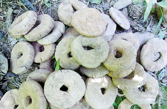 ▲烧窑用的垫饼和垫圈代表着当时的先进工艺