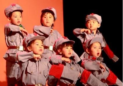 小孩舞台发型步骤