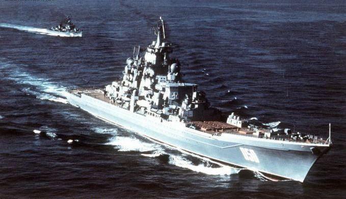1985年中国海军3000吨驱逐舰冲击苏联核巡洋舰编队