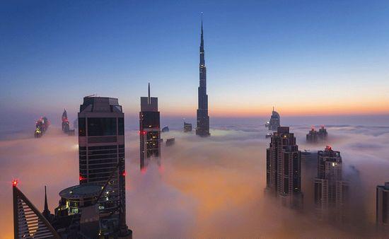 迪拜哈利法塔在555米高空开放世界最高观景台