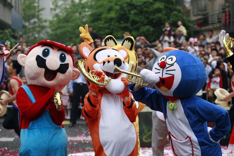 哆啦A梦越来越多出现在中国街头,商家利用这一卡通形象为活动造图片