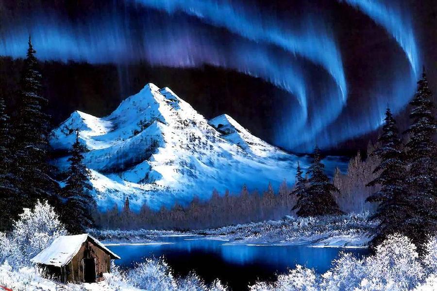 阿拉斯加第二大城市费尔班克斯(Fairbanks),是全球观赏北极光的最佳圣地。由于仅距离北极圈数十公公之远,因此,极光追寻者都会聚集在这极光最常出现的地点。费尔班一年中有 243 天的清晰夜空可以欣赏到北极光,机率之高在北半球名列前茅。