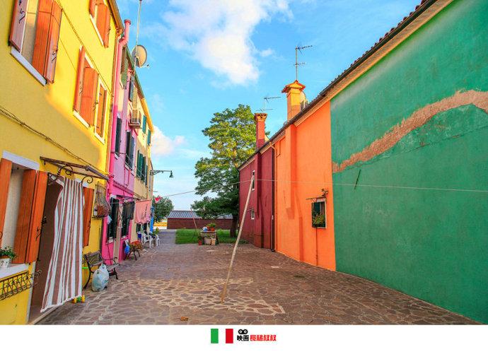 一栋彩色的房子