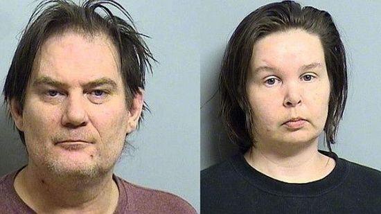 美国夫妻沉迷网游差点饿死2岁女儿 被警方收押
