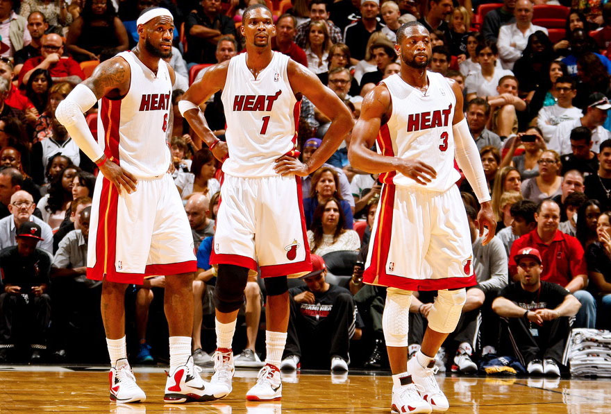 -2012赛季NBA常规赛,热火93-91步行者.图为三巨头韦德、波什、图片