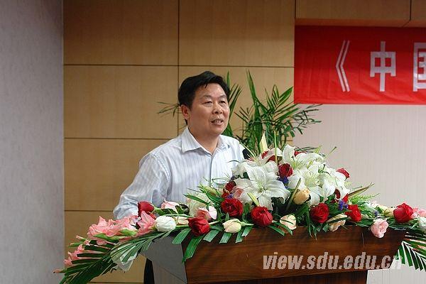 吕春泉与刘振亚的老婆_此次刘振亚校友为母校赠书意义重大,所赠书籍将成为山东大学电力,能源
