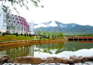 内蒙古医科大学吧_