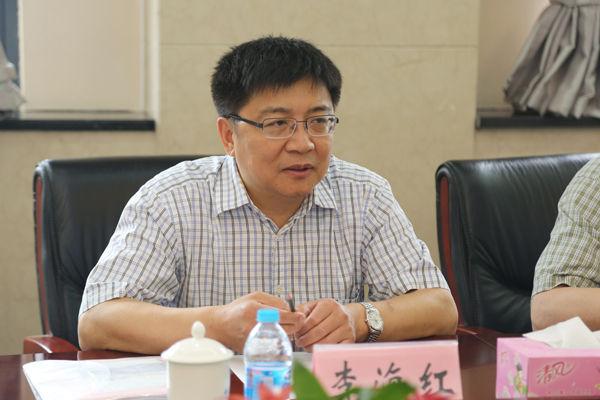 齐齐哈尔大学党委书记李海红一行来校调研 6.7