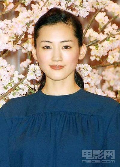 日本评选嘴唇最美女星 石原里美击败茱莉夺冠