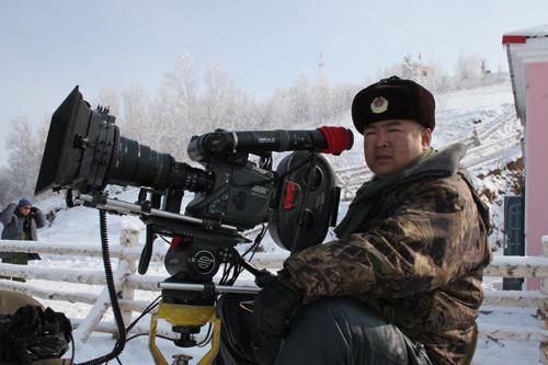 《歼十出击》获奖 宁海强打造中国最牛军队