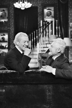 电视 雅各比/▲在《极品基老伴》中,早已出柜的伊恩·麦凯伦和德里克·雅各比...