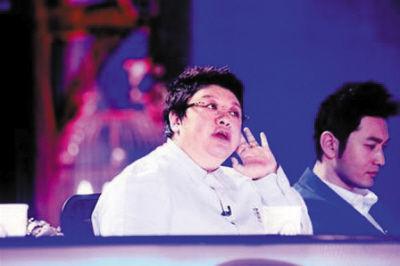 韩红和管彤结婚照片高清 歌手韩红管彤结婚照 唐嫣和邱泽的结婚照片