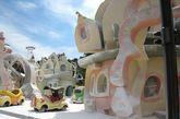 洛杉矶好莱坞环球影城童话世界下雪场景。