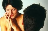 脖子   按摩她后颈发际线的地方,从头发向脖子的方向抚摸会加倍她的快感。这种按摩,会让你同时抚摸到两个不同的软组织。