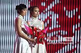香港艺术家谢克贡献出的精美艺术品《红宝座》