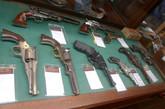 其实CABELA'S这家猎具店对生活在美国喜欢刀刀枪枪,和打猎的朋友们来讲都不会陌生。(图/文:真的手无寸铁)