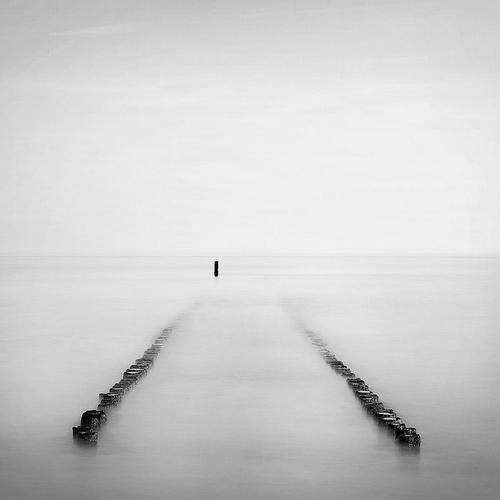 单调中的精彩:唯美黑白风光摄影作品欣赏