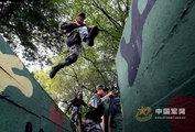 登上珍宝岛:边防哨所官兵训练有素 士气高昂 - xjh019(汉江石) - 汉江石的博客