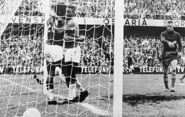 巴西队是唯一一支参加过全部19届世界杯决赛圈的球队,今年将作为东图片