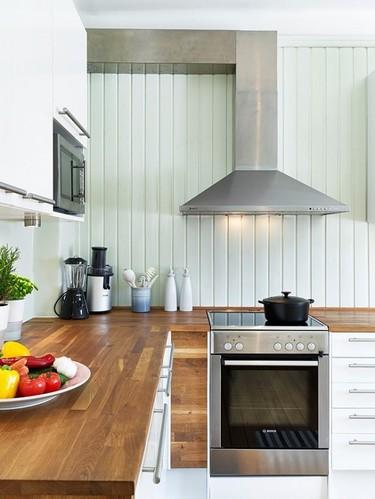 让木地板上台 舒适的厨房木质台面设计