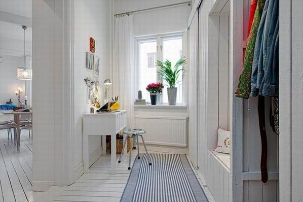 白色地板点缀蓝色元素 开发式空间给你更多自由度