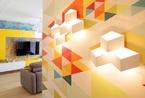 俄罗斯微户型多彩公寓   暖色调串联的整体家居空间