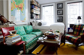 品质格纹:格子无论是在夏天还是冬天,都是不衰的百搭选择。而冬日的格子元素,更是添了一份品味和质感。在家居中,可以用格子单品作为点缀,在素雅简约的氛围下,也算是亮眼的风景。