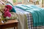 粉红色主调卧室展露可爱迷人的复古魅力