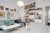 这座迷人的瑞典公寓位于哥德堡中心的新艺术大厦,一套迷人的且充满新艺术运动风格的瑞典公寓,饱含现代设计感的装饰理念,能够启发人们很多装饰灵感。虽然这座57平方米的公寓仅由两间卧室和一间厨房组成,但设计师充分考虑到空间的利用,所以配备了充足的阁楼来存储物品。(实习编辑:陈尚琪)